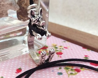 German Shepherd Necklace, Silver.