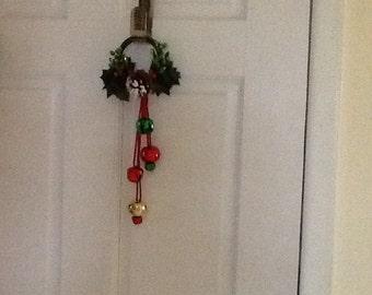 Holiday  Pinecone Doorknob Hanger, Doorknob Hanger, Holiday Doorknob Hanger, Christmas Doorknob Hanger