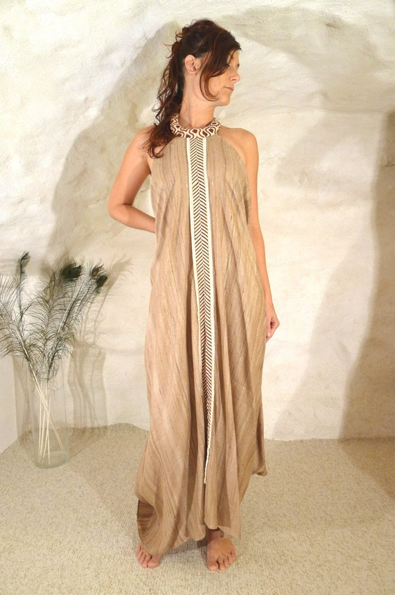 robe game of thrones soie sauvage camel by quintessencecorsets With robe soie sauvage