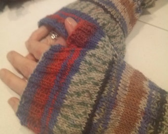 Colorful wool fingerless gloves