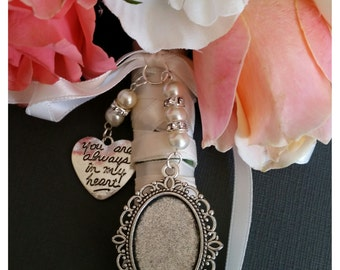 Beautiful Wedding Bouquet Photo Charm Photo Frame Silver Pendant Locket and Heart Charm & Gift Bag