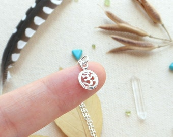 Om necklace sterling silver om symbol jewelry yoga jewelry tiny om necklace meditation jewelry om jewelry gift for yogini mantra