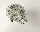 "Star Wars Millennium Falcon Spaceship - 1990s Micro Machines Star Wars Toy - 3"" Small Scale Replica of Han Solo's Spaceship"