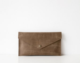 Khaki Distressed Leather Pouch No. ES-3001