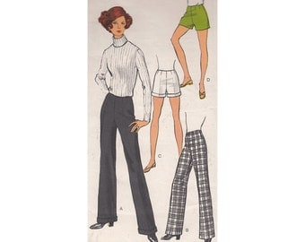Vogue 7604 V7604 Vintage 1960s Sewing Pattern Flat Front Flared Pants or Short Shorts Waist 27 With or Without Cuffs Hot Pants Bell Bottoms