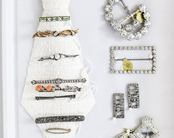 1920's Brooches. // Vintage Wedding Brooches. - Etsy Love Is In The Details Event. -  38 Dollar Mark.