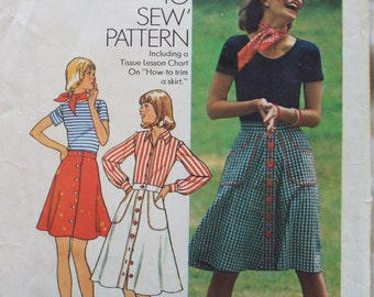 Picnic in the park  A line skirt pattern in three lengths Simplicity 6778