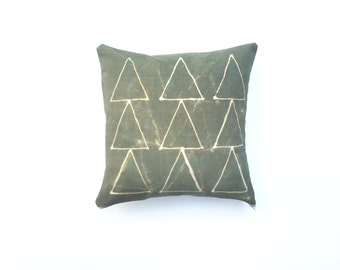Hand dyed Tribal Pattern Pillow Cover in Green Pillow Cover Green Shibori Throw Pillow Decorative Pillow cover 18 x 18 Cushion cover