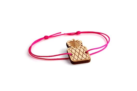 Pineapple bracelet - 25 colors - graphic fruit bangle - adjustable length - lasercut maple wood - minimalist jewelry - unisex - customizable
