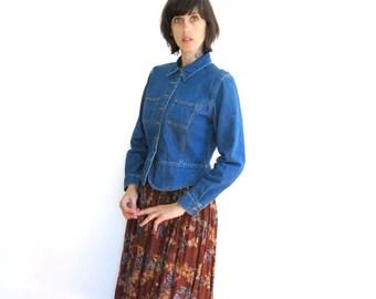 vintage tailored fit womens light jean jacket shirt top jacket coat// small medium
