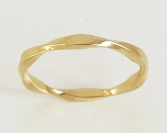 Unique Mobius Wedding Band, Mobius Wedding Ring, Wave Wedding Band, 14k Gold Wedding Band, Unique Gold Ring, Wave Wedding Ring, Gift.