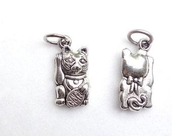 Lucky Cat Japanese Maneki neko Charm in dull silver color for Kimono necklace Bracelets, lucky beckoning cat charm, com com kitty gift