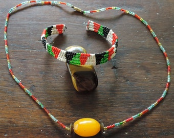 African necklace and bracelet, handmade in kenya.