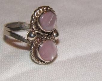 Vintage 70's style pink mother of pearl ring