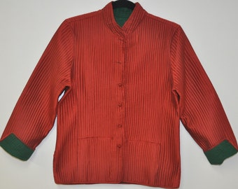 Quilted silk jacket in Medium size 38 in size