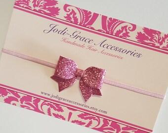 pink hair bow.MINI hair bow.pink glitter hair bow.pink baby headband.pink baby hair clip. infant headband. newborn headband. glitter bow