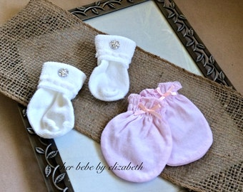 Newborn baby girl jeweled socks and bow mittens, free gift wrap, 4 mitten colors available, all 100% cotton,