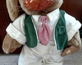 Robert Raikes Mr. Nickleby rabbit #5295/7500 with wooden face and blue eyes, Robert Raikes rabbit, Mr. Nickleby rabbit, wooden face rabbit
