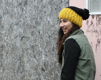 Slouchy Hat with Pom Pom . Chunky Winter Oversize Knit . Unisex Accessories {  Black & Glowing Gold }