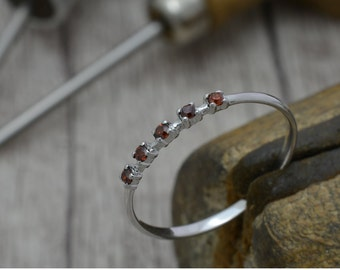 Silver ring with Garnet, narrow ring