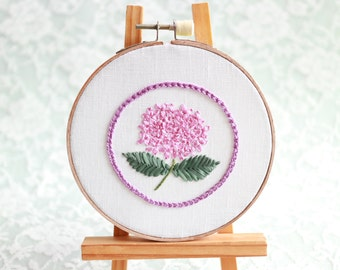 Pink Purple Hydrangeas Wall Decor. Cottage Chic Home Decoration. Hand Embroidered Hoop Wall Art. Flower Embroidery. Gallery Wall Art