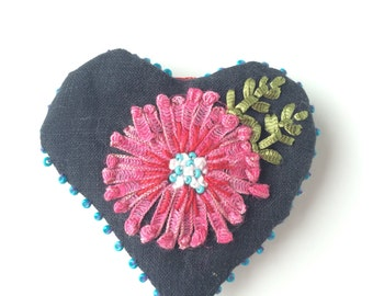 Key ring heart - key ring embroidered - jewels for handbag