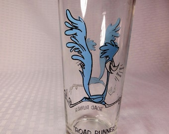 A Really Cute Vintage  Looney Tunes  ROAD RUNNER GLASS Warner Brothers Inc.  Collectors Glass .  The Glass was made in 1973.