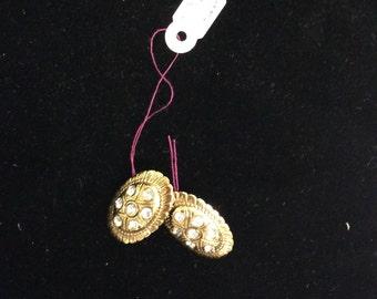 Gold shell shaped flower earrings