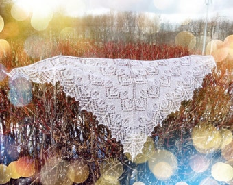 Tender white shawl with leaves