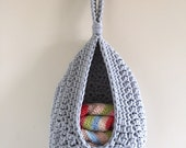 Hanging storage crochet basket toy storage bathroom organiser