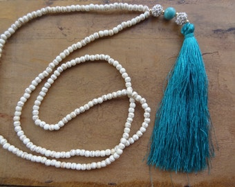 Necklace vintage long ethnic Bohemian boho with blue tassel - necklace sautoire and natural turquoise beads