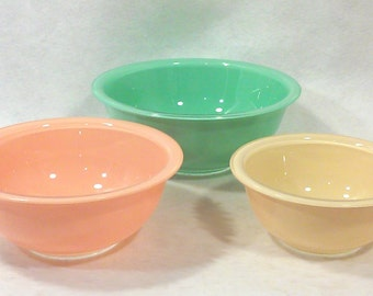 Pyrex Mixing Bowl Set, Unusual Pastel Glass Bowls