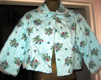 1960's Cropped Quilted Bed Jacket size 12-14 UK