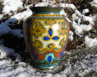 RARE  Suled  Pattern Gouda vase