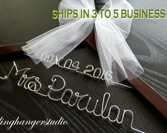Sale / Trendy Wedding item / bride Hanger / Last name hanger/ wedding hanger