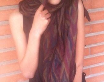 Foulard vintage, cadeau pour femme,stocking stuffer, cadeau Noël, jaune, rouge, kaki, ancien foulard, foulard femme, mode vintage Française