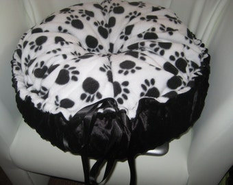 Handmade Pillow bed with Draw Ribbon