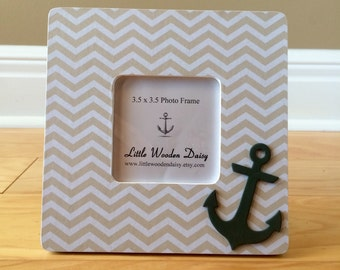 Chevron Picture Frame / Anchor Picture Frame / Custom Picture Frame / Anchor Decor / Nautical Decor