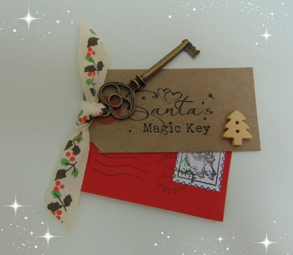 Santa's Magic Key, Santa Key,Christmas Eve Box Tradition, Father Christmas Decoration, Stocking Filler Handmade,With Holly Ribbon.