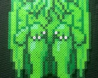 Cthulhu pixel art bead sprite - sitting green lovecraft monster