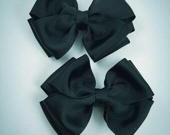 Black pig set hair bows