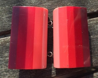 Pink striped bakelite belt buckle