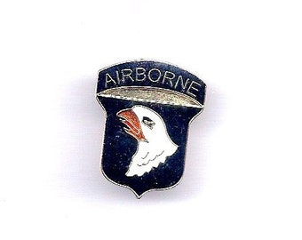 Vintage Army 101 Airborne  Screaming Eagles Division Hat/Lapel Pin