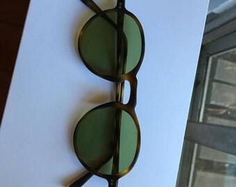 vintage TORTOISE sunglasses GREEN LENS