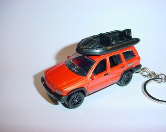 3D Jeep Grand Cherokee custom keychain by Brian Thornton keyring key chain finished in racing trim 4x4 offroad suv truck