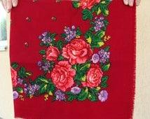 Red shawl Red scarf Ukrainian shawl Vintage scarf Wool ShawlBabushka scarf Floral scarf Shawl Scarf Head Scarf Chale Russe Soviet scarf
