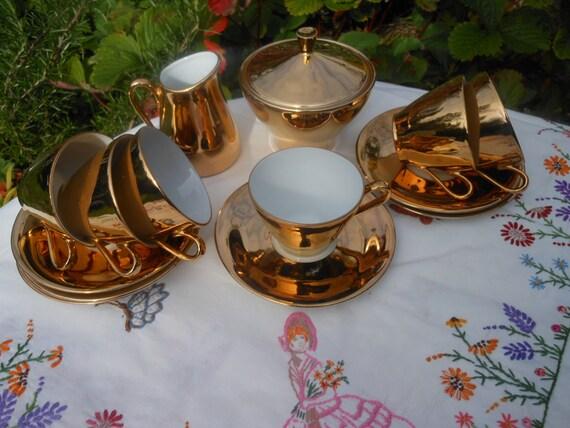 SALE - VINTAGE DEMITASSE Espresso Coffee Set - in gift box - Kitsch - Tea Set - Gold Gilt China - 1960's - Japan - Retro kitchen