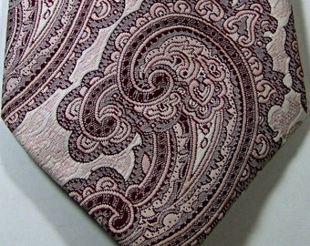 SEARS The Mens Store Rich Pink Paisley Vintage Wide Tie