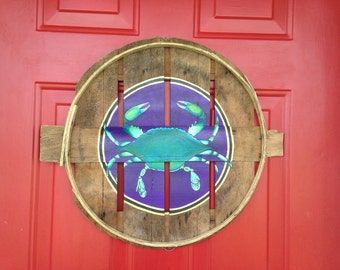 Washington Wizards, Capitals, Nationals. Baltimore Ravens,Orioles, Pittsburgh or other team colors.Painted on recycled crab bushel lid.