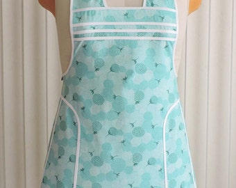 Womens Retro Apron, Chantilly Berries in Brook by Moda Fabrics, White Trim, Vintage Style Cute Kitchen Apron